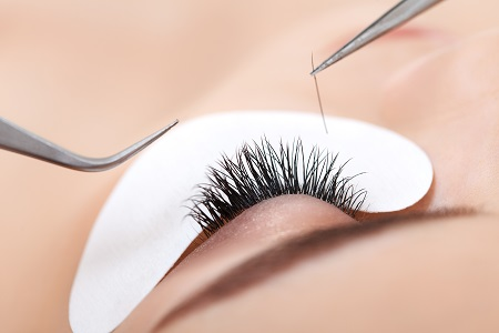Eyelash Extensions - Advantages and Consumption
